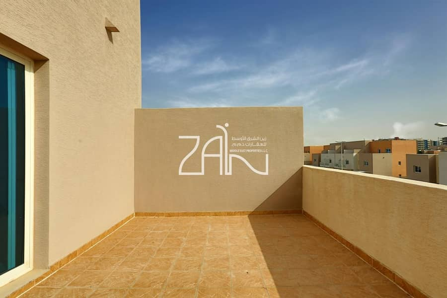 11 Amazing 3 bed room Villa with Balcony