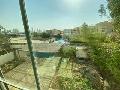 5 Bedroom Villa for Rent in Jumeirah, Dubai - Huge 5BR + Study + Maids | Private Pool | Jumeirah 1