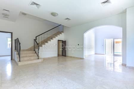Corner 5 BR A1 with Pool in Quiet location| Vacant