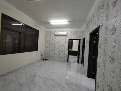 فلیٹ 2 غرفة نوم للايجار في الشوامخ، أبوظبي - شقة في الشوامخ 2 غرف 45000 درهم - 4883405