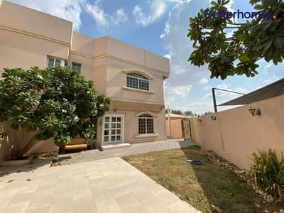 4 Bedroom Villa for Rent in Mirdif, Dubai - 4 Bedrooms with Large Landscaped Garden
