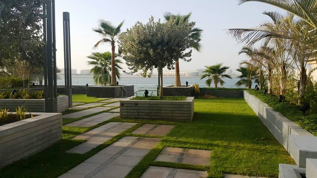 12 Fully Sea View 4+Maids With Fully equipped Kitchen-2 Parking