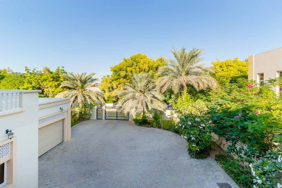 48 Fully Furnished | Villa | Canal View | Emirates Hills