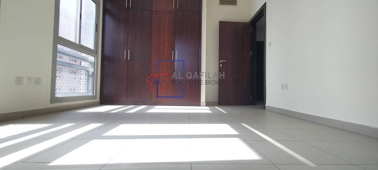 2 Chiller Included | Close kitchen | Bright and airy | All Amenities