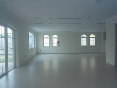 5 Bedroom Villa for Sale in Jumeirah Park, Dubai - Jumeirah Park District 2 Single Row Villa with Huge Plot
