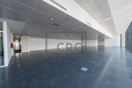 مکتب  للايجار في مركز دبي المالي العالمي، دبي - High Floor DIFC Views | Partially Fitted