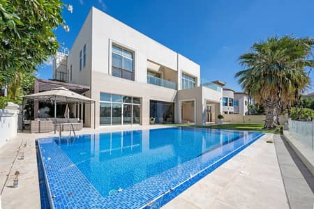 6 Bedroom Villa for Sale in Emirates Hills, Dubai - Luxury   Skyline Views   Overlooking the Lake