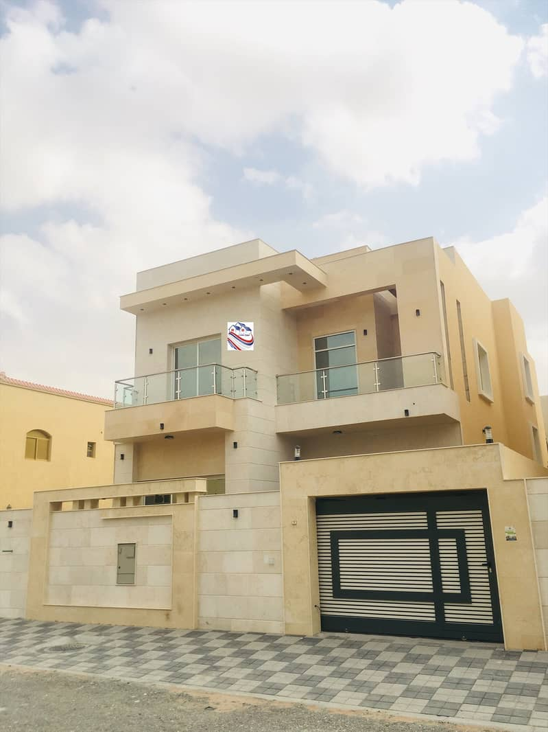 Villa for sale, personal finishing, excellent price, Ajman, close to the main street, a large building area