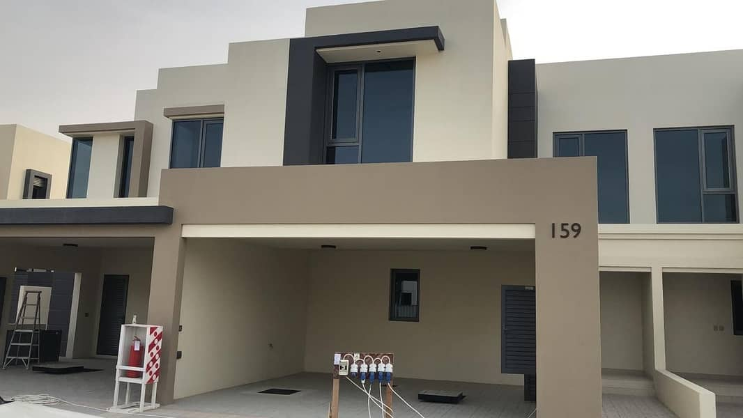 1 Modern Villa  Ready To Move