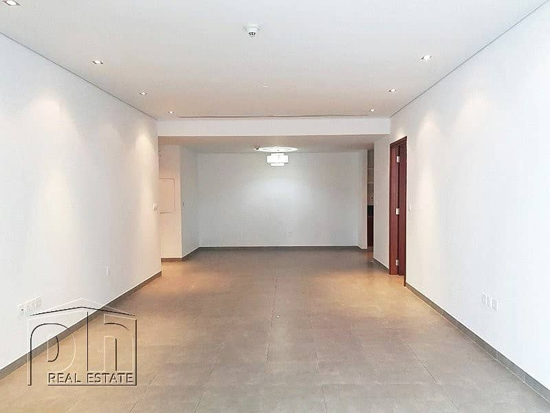2 Airy Property | Superb location |