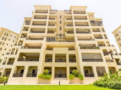 1 Bedroom Flat for Rent in Al Hamra Village, Ras Al Khaimah - Refined 1 BR Apt. | Furnished + Large Balcony