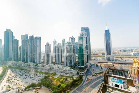 1 Bedroom Apartment for Rent in Downtown Dubai, Dubai - Higher Floor | 1-Bed | Equipped Kitchen