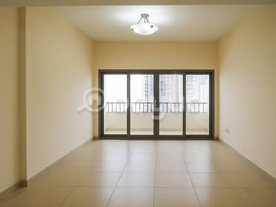 3 Bedroom Flat for Rent in Al Mamzar, Sharjah - Luxuries 3 Bedroom Hall Maid Room Available Mamzar Sharjah -Family  Only