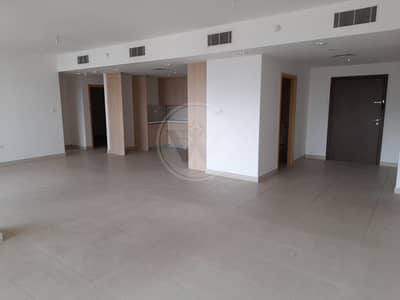 4 Bedroom Flat for Rent in Al Raha Beach, Abu Dhabi - No commission | 12 Cheques | Spacious home with maids room