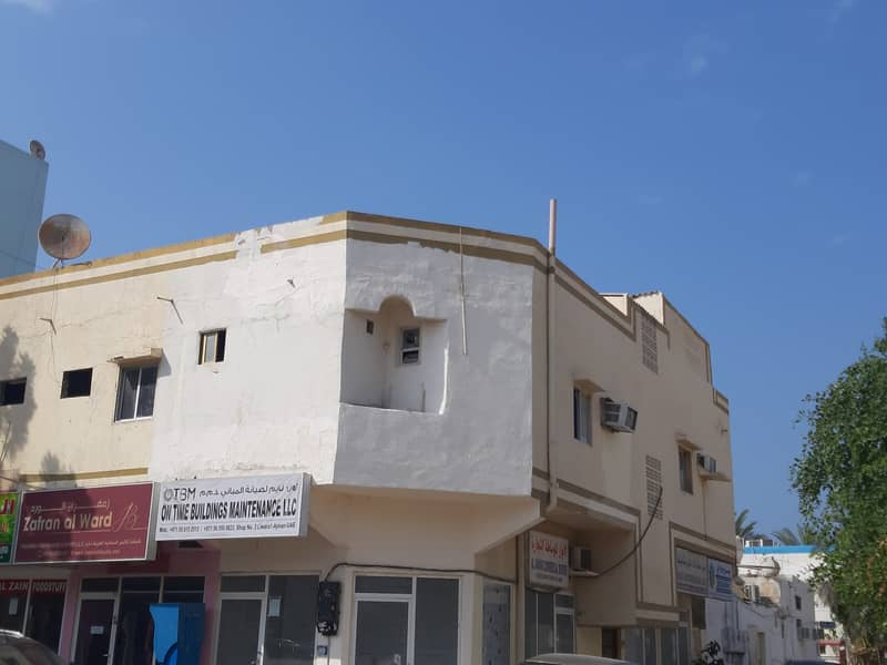 G +1  RESIEDENT AND COMMERCIAL BUILDING  AVAILABLE FOR SALE IN BUSTAN AJMAN. .