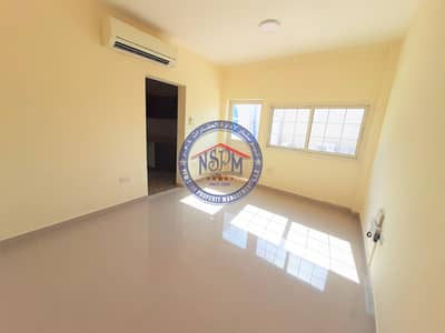 Studio for Rent in Al Mushrif, Abu Dhabi - Hot offer