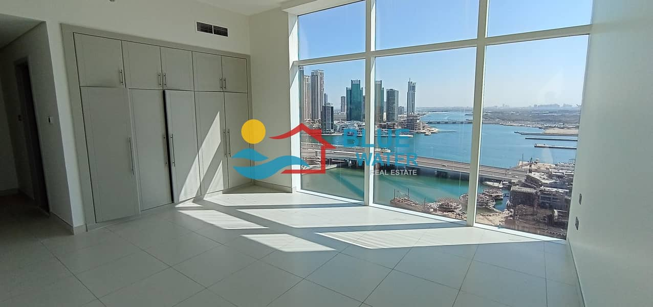 2 Luxury & Extra Large 1 Master BR with Balcony & sea view