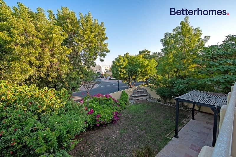 15 TYPE 7 | LANDSCAPED GARDEN | UPGRADED | POOL