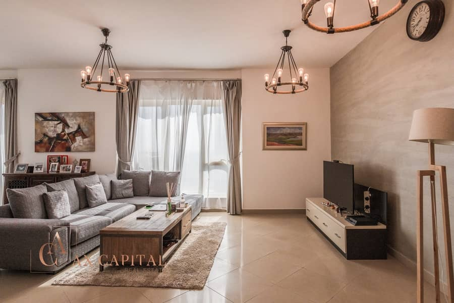 Upgraded Largest 1 Bed   Furnished   Exclusive