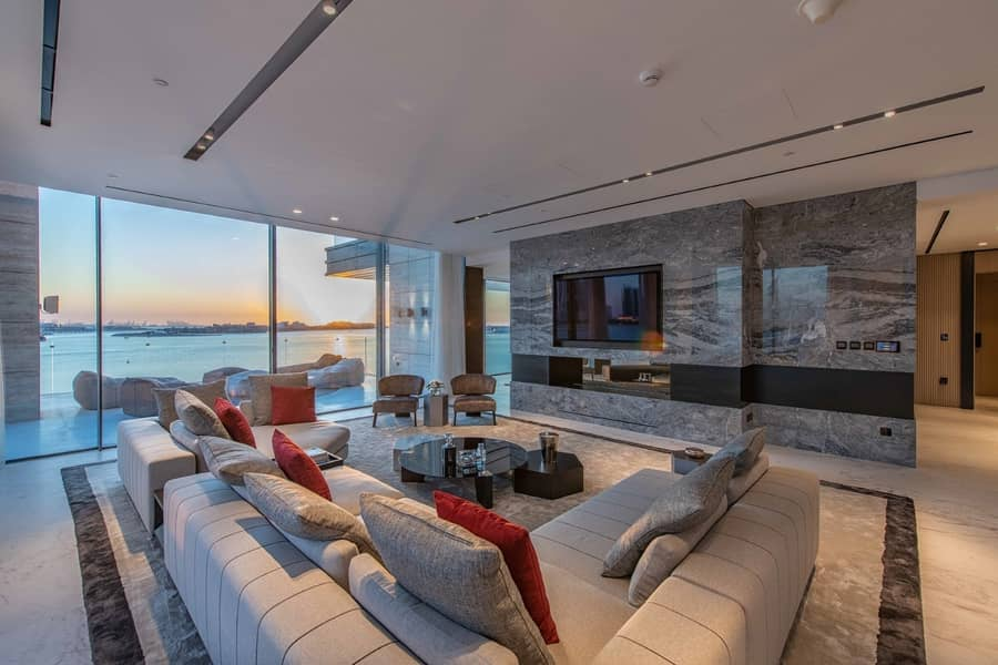 Luxurious 3 Bedroom Penthouse in Palme Couture