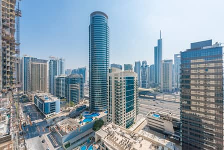 2 Bedroom Apartment for Rent in Dubai Marina, Dubai - Balcony | Unfurnished | Spacious Apt