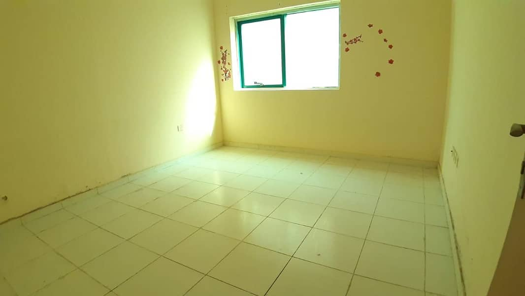 NEAR TO RTA BUS STOP DUBAI 1BHK CENTRAL AC GAS ONLY 22K