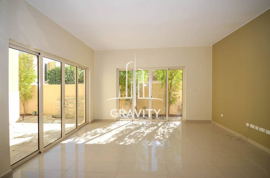 2 Excellent Townhouse   | 4 + 2 BR Upgraded Unit