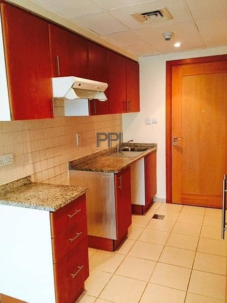 2 Well maintained and bright studio with balcony