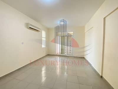 فلیٹ 1 غرفة نوم للايجار في المويجعي، العین - Neat and Bright with Elevator at Prime Location