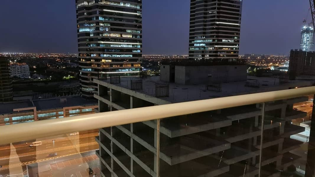 6 SPACIOUS MODERN STUDIO AT JLT FOR RENT