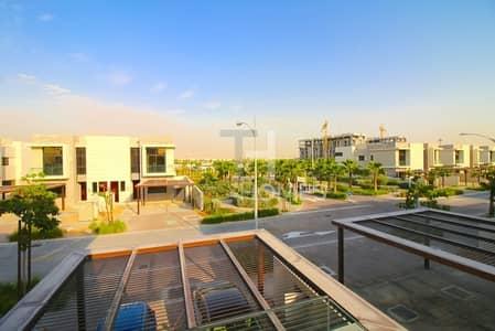 3 Bedroom Townhouse for Sale in DAMAC Hills (Akoya by DAMAC), Dubai - Spacious 3 bedroom | Maids Room | Corner Unit
