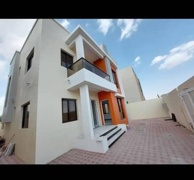 فیلا 5 غرف نوم للبيع في الياسمين، عجمان - فيلا بتصميم اوربي حديث في ارقى مناطق عجمان للتملك الحر جميع الجنسيات مع توفير مساعدات بنكية