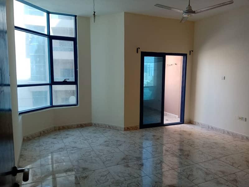 صفقة حاسمة ! 3 غرف نوم للبيع في ابراج النعيمية.