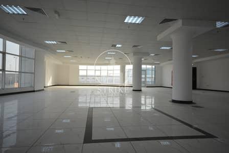 محل تجاري  للايجار في مصفح، أبوظبي - Fully Fitted | Prime Location | Large Spaces
