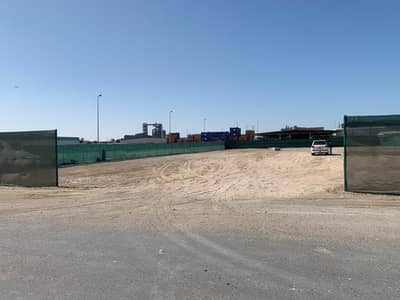 Industrial Land for Rent in Mussafah, Abu Dhabi - Accessible and Spacious Open Yard for Rent on Monthly or Yearly Basis
