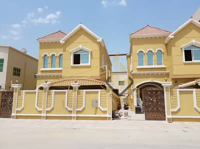 5 Bedroom Villa for Sale in Al Mowaihat, Ajman - Wonderful villa with wonderful design in a great location for sale at an attractive price