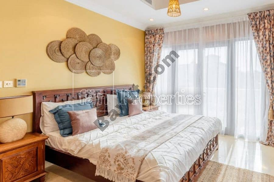 2 Furnished luxury villa ready for new tenant
