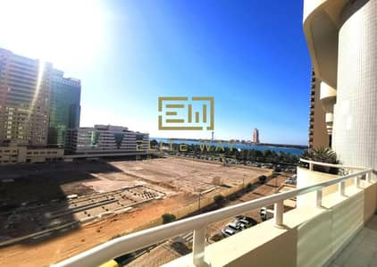 3 Bedroom Apartment for Rent in Corniche Area, Abu Dhabi - Fantastic three bedroom Duplex Sea view in corniche!