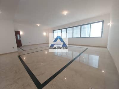 4 Bedroom Flat for Rent in Liwa Street, Abu Dhabi - Beautiful 4 BHK