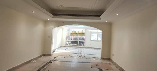 5 Bedroom Villa for Rent in Al Muroor, Abu Dhabi - Exceptional 4BR Villa in Al Bateen