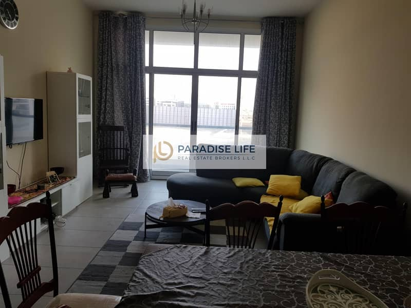 2 Big size 1 Bed | Furnished | Mid Floor