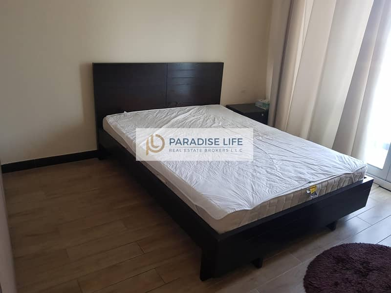 21 Big size 1 Bed | Furnished | Mid Floor