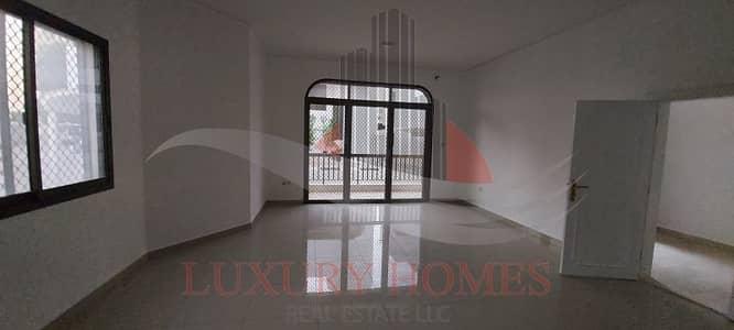 فیلا 3 غرف نوم للايجار في سنترال ديستركت، العین - Prestigious Compound Villa with Balcony