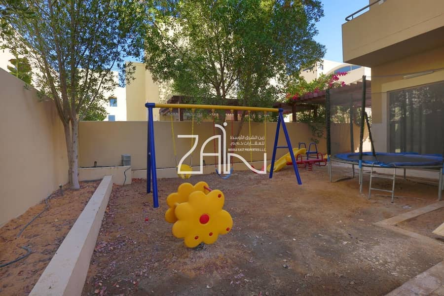 2 Upgraded 4 BR Villa Type S with Study + Drive Room