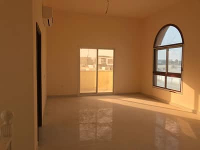 Villa for urgent sale in Ajman for citizens of Ajman, an area of ​​5 thousand feet, a corner of two streets, a very special location