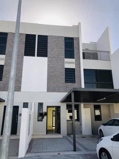 فیلا 5 غرف نوم للايجار في أكويا أكسجين، دبي - فیلا في أكويا أكسجين 5 غرف 70000 درهم - 4887359