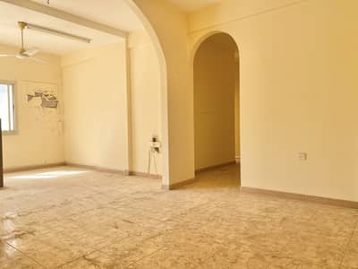 3 Bedroom Flat for Rent in Al Majaz, Sharjah - ONE MONTH FREE,SPEIOUS 3BHK IN A FAMILY BUILDING FOR 32K