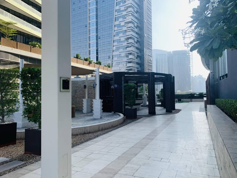 High-end Furnished 2br Apartment for Rent in The Signature Tower , Damac Maison Dubai Mall Street