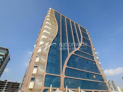 2 Bedroom Apartment for Rent in Al Raha Beach, Abu Dhabi - Perfectly Price New Building with Maid's Room