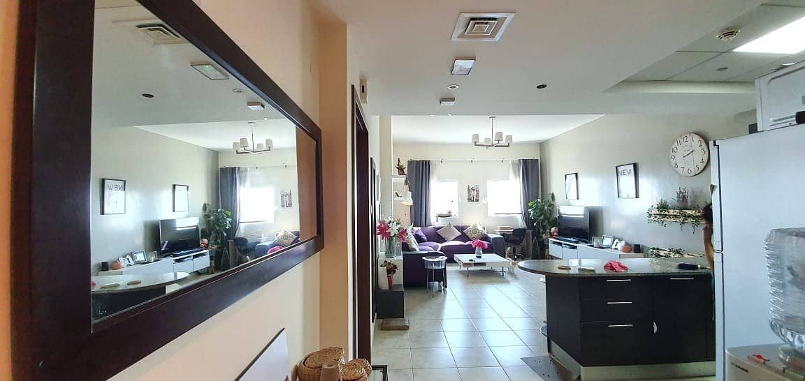 High Floor | Semi-Furnished 1Bedroom |With Balcony